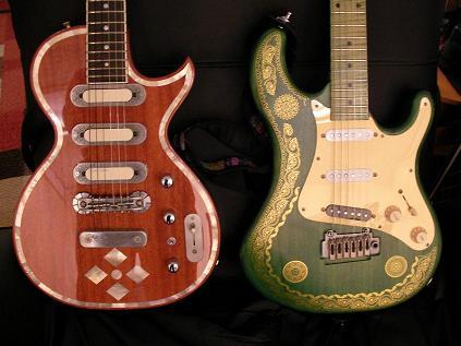 左:グレコゼマイティス、右:高崎晃モデル。